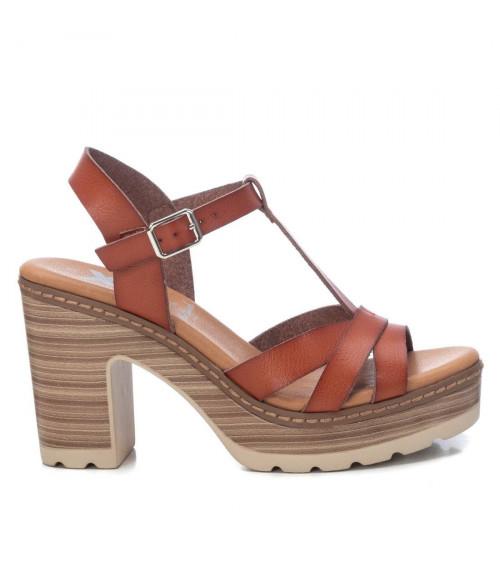 Sandali con tacco e plateau by XTI