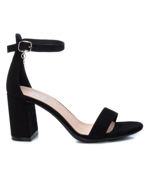Sandalo nero con tacco by XTi